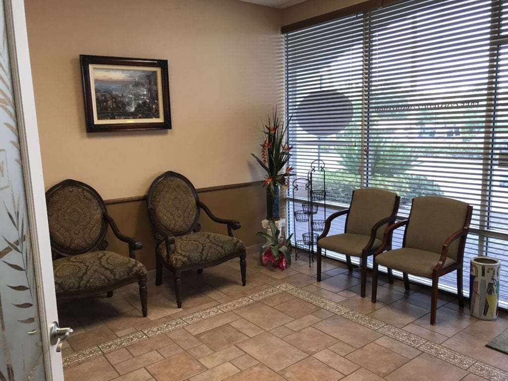 Waiting room where sedation dentistry patient can start their relaxing process before any dental service at Everlasting Smiles in Palm Beach Gardens, FL.
